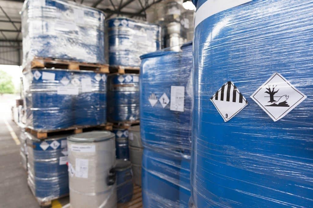 Entsorgung von Sonderabfällen | Industrie und Gewerbe | Rieck Entsorgungs-Logistik
